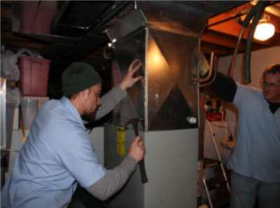 Как утеплить металлический гараж, чтобы там было комфортно и вам, и автомобилю?